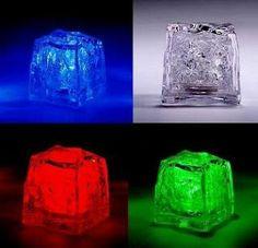 Cubos de Hielo vos elegis el color puede ir dentro o fuera del agua.