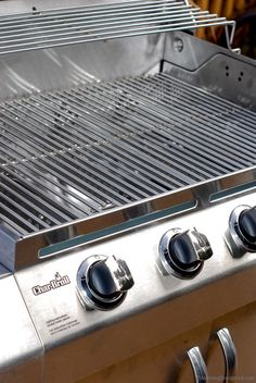 BBQ Love a Review of Char-Broils 4 Burner Stainless Grill from Lowe's