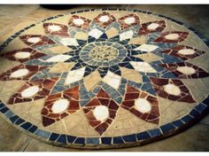 The World's Best Photos of color and mosaiquismo Mosaic Crafts, Mosaic Art, Mosaic Glass, Mosaic Tiles, Stained Glass, Glass Art, Mosaics, Mandala Pattern, Mosaic Patterns