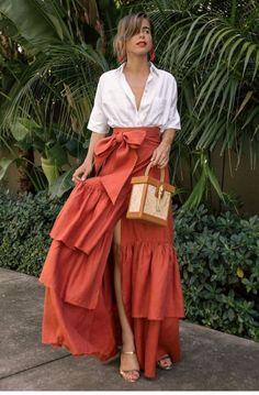Love Fashion, Fashion Looks, Womens Fashion, Fashion Design, Skirt Outfits, Dress Skirt, Classy Outfits, Casual Outfits, Merian