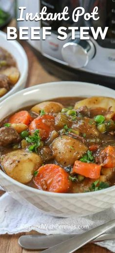 Instant Pot beef stew recipe is so easy and so delicious. We love making this on busy weeknights!This Instant Pot beef stew recipe is so easy and so delicious. We love making this on busy weeknights! Instant Pot Beef Stew Recipe, Instant Pot Dinner Recipes, Beef Recipes For Dinner, Recipe Stew, Recipe For Instant Pot, Pot Recipe, Instant Pot Pressure Cooker, Pressure Cooker Recipes, Pressure Cooking