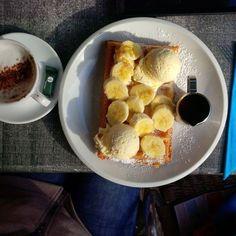 Chocolate and banana waffles -