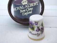 FEBRUARY thimble - Royal Albert