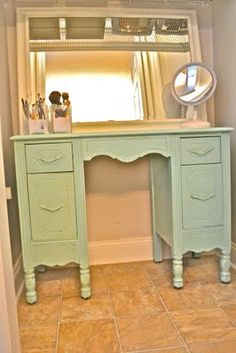 Dressing table colour