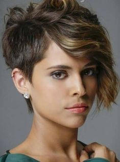 You may find here best ever trends of side parted pixie haircuts and hairstyles with side parted look nowadays. You just need to see here a lot of amazing ideas of short haircuts also for all those girls who actually wanna try bold hair looks. Pixie Haircut Styles, Pixie Haircuts, Pixie Hairstyles, Hair Styles, Undercut Pixie, Undercut Hairstyles, Pixie Cuts, Amazing Ideas, Pixies