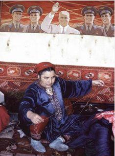 Burt Glinn 2 1963 Weaving carpets in Bukhara, Uzbekistan.