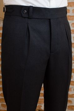 Mens Fashion Style – The World of Mens Fashion Men Trousers, Mens Dress Pants, Men Dress, Mens Fashion Wear, Suit Fashion, Fashion Pants, Bespoke Clothing, Mens Clothing Styles, Classy Suits