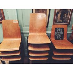 These chairs remind us of first days in primary school. We found them in Lassco at the Ropewalk on Maltby Street #theropewalk #maltbystreet #maltbystreetmarket #lassco #lasscoropewalk #interiordesignshop #interiors #london #thisislondon #vscolondon #instasize #prettycitylondon #londonbylondoners #explorelondon #londyn #decorshop #homeaccesories #vintagelondon #oldchair by londoners_pl