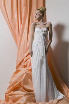 Lo Ve La by Liz Fields Wedding Dresses   9232Matthew Williamson Wedding Dresses   Matthew williamson  Bridal  . Liz Fields Wedding Dresses. Home Design Ideas