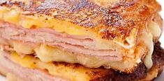 Just-Like Bennigan's Monte Cristo Sandwich is a recipe perfect for breakfast for dinner. With sweet french toast serving as the sandwich bread and savory ham and cheese inside, it's the perfect cure for whatever ails you. Sandwich Day, Grilled Sandwich, Sandwich Recipes, Lunch Recipes, Dinner Recipes, Dinner Ideas, Grilled Ham, Healthy Recipes, Cat Recipes