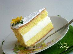 MARGHERITA FARCITA ALLA CREMA DI YUGURT una soffice #torta farcita con una fresca #crema allo #yogurt Torte Cake, Breakfast Cake, Sponge Cake, Vanilla Cake, Italian Recipes, Tart, Cheesecake, Good Food, Birthday Cake