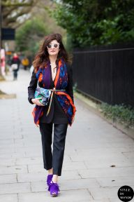 Valentina Siragusa before Burberry fashion show. Shop this look (or similar) here: Blazer: HELMUT LANG Gala stretch-twill blazer Trousers: JIL SANDER Stretch-cotton twill straight-leg pants Scraf: MCQ ALEXANDER MCQUEEN Festive Floral printed silk scarf Clutch: PIERRE HARDY Floral-print coated canvas