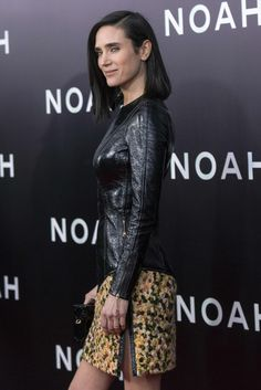 Jennifer Connelly wears a Louis Vuitton leather and tweed look at the 'Noah' NY premiere Jennifer Connelly Young, Brunette Actresses, Top Cosplay, Beautiful Young Lady, Beautiful Women, Hot Brunette, Hollywood Stars, Beautiful Actresses, Jennifer Lopez