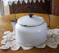 Enamel water kettle