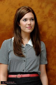 Mandy Moore is gorgeous!