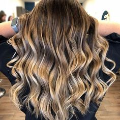 #balayageartists #besthaironig #haircolor #hairstylist #hairbrained #ombrehair #unicornhair #besthair #stylistssupportingstylists #imallaboutdahair #hairartist #hairgoals #colormelt #rooted #hairpainting #mermaidhair #braids #instagood #instadaily #instagram