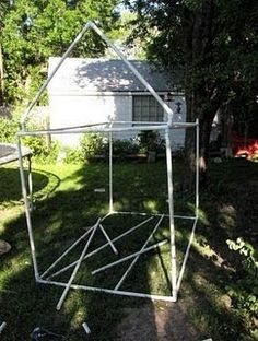 Kids Playhouse Made with PVC Pipe and Fittings Kids Playhouse Plans, Outside Playhouse, Backyard Playhouse, Build A Playhouse, Furniture Grade Pvc, Cool Playgrounds, Kids Teepee Tent, Backyard Buildings, Cabanas