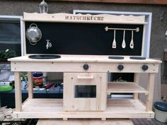Mud Kitchen, Entryway Tables, Outdoor Decor, Furniture, Home Decor, Workbench Ideas, Mud, Decoration Home, Room Decor