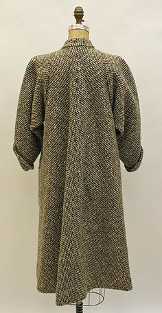 Vintage Fashion: Artifacts From Years Gone By - Popular Vintage Madame Gres, Winter Dresses, Winter Outfits, Vintage Outfits, Vintage Fashion, Mode Mantel, Effortless Chic, Winter Fashion, Street Style