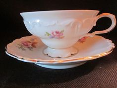 Hey, I found this really awesome Etsy listing at https://www.etsy.com/listing/200733007/edelstein-bavaria-china-sylvia-pattern