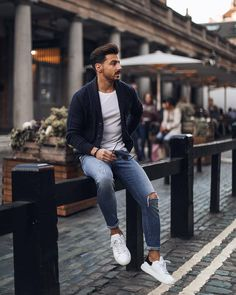 """eb1ef31c59 MD Streetstyle on Instagram  """"Casual look by  rowanrow ✌ Follow   mdstreetstyle for the best streetstyle inspiration!"""
