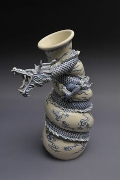 Functional Dragon Teapot - two of my favorite things... dragons and teapots
