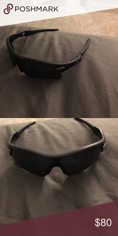 Oakley glasses Oakley glasses barely used. Black frame and lenses Accessories Glasses