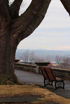 Burlington Vermont Battery Park looking over Lake Champlain Photo by Emma Scripture, a Burlington College Student #btv