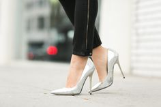 Wendy's Lookbook in silver patent Anouk