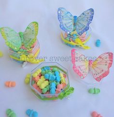 BUTTERFLY PARTY favor box, cold porcelain.