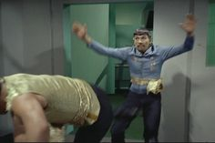 shawtyandgarfuckel: i love everything about this scene stunt doubles battle moves everybody getting in on fighting mirror spock but the only thing to knock him out is a vase this timely press of the pause button