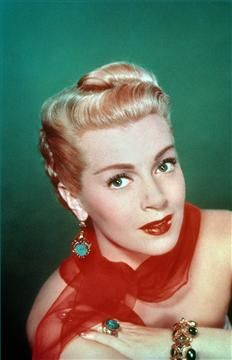 """Photos: Leading Ladies of the 1950s 