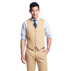 Ludlow suit vest in Italian chino -- I like the idea of a suit vest w/tie.  It is formal and also works because of how hot it will be.  Thoughts?