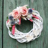 Prodané zboží uživatele jircice   Fler.cz Wooden Wreaths, White Wreath, Wreath Tutorial, Easter Wreaths, Grapevine Wreath, Grape Vines, Needlepoint, Floral Arrangements, Origami