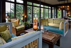 20 Comfy Swing Bench in the Living Room