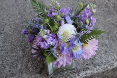 lavender wedding flowers   centerpiece   http://sophisticatedfloral.com/users/awp.php?ln=110659