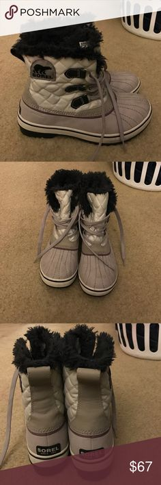 Hello, I have a pair of sorel boots size 8 Hello, I have a beautiful pair of sorel boots size 8. They are purple and haven't been worn much! They are very warm and stylish ! Sorel Shoes Winter & Rain Boots
