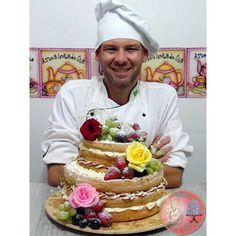 Naked Cake! #nakedcake #rosas #flores #frutas #cupcake #cake #bolo #amor...