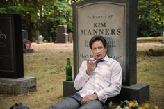 """THE X-FILES:  David Duchovny in the """"Mulder & Scully Meet the Were-monster"""" episode of THE X-FILES.  This article is on some of the references made in this episode."""