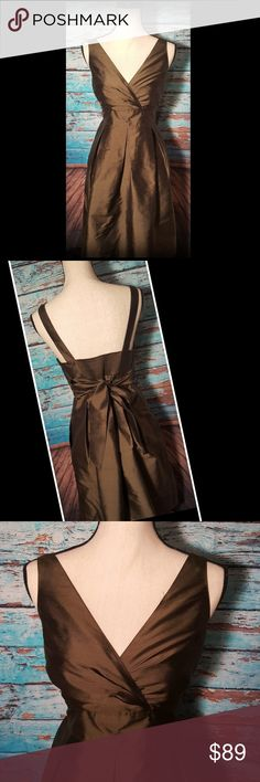 """Gorgeous Green Talbots Dress Love this! Beautiful Green color - classic style. Zip closure and ties in back at waist. Plus it has pockets!  Bust 20"""" (elastic at back for stretch) Overall length: 39.5"""" Dress: 100% silk/lining 100% polyester In like new condition! Talbots Dresses"""