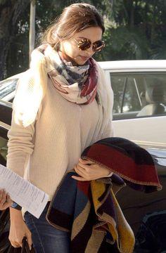Deepika Padukone spotted at her casual best at Mumbai airport.