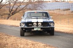 1967 Shelby GT-50 0 Fastback with 427 cubic inch (7 litre) Ford V8 producing 335 hp and 420 ft-lbs torque