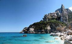 #LaMiaSpiaggia per oggi è Cala Goloritzé, Sardegna! Magari esserci oggi! @giornirubati