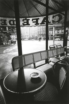 Cafe de Flore, This is one of my favorite photos of Paris taken by French fashion photographer Jeanloup Sieff. 1975, Magnum Photos, Saint Germain, Jean Loup Sieff, I Love Paris, Paris Café, French Photographers, Black And White Photography, Street Photography