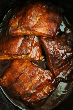 Slow Cooker Root Beer Baby Back Ribs ---- Tangy, tender, and fall-off-the-bone good! Just 3 ingredients and made easily in your slow cooker. Crock Pot Slow Cooker, Crock Pot Cooking, Slow Cooker Recipes, Crockpot Recipes, Cooking Recipes, Chicken Marinade Recipes, Cooking Stuff, Smoker Recipes, Cooking Tips