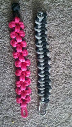 Pulsera de flores de nudos
