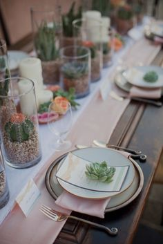 To see more pretty wedding flower ideas: http://www.modwedding.com/2014/11/05/wedding-flower-ideas-heavenly-blooms-just-pretty/ #wedding #weddings #wedding_centerpiece photo: This Modern Romance