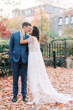 Surprise Boston Micro-wedding in the fall | Boston Real Weddings - Photographer DARLING PHOTOGRAPHY | Magnolia Rouge Fine Art Wedding Blog | Romantic Wedding Photos | portraits | Fall Weddings