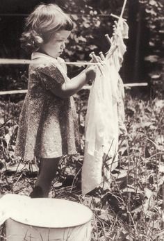 ~+~+~ Vintage Photograph ~+~+~ Little girl doing laundry