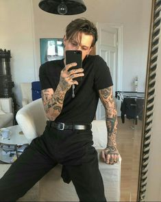 Likes, 12 Comments - Streetwear Inspiration . Mode Masculine, Mode Swag, Ootd Men, Bts Tattoos, Moda Blog, Look Man, Mode Outfits, Office Outfits, Stylish Outfits